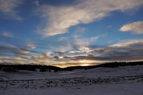 travel sunset sky usa cloud snow newmexico clouds creek landscape wintersunset outdoor roadtrip cloudysky winterscene frozencreek rioarriba