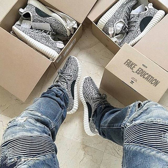 adidas-yeezy-350-boost-real-fake-comparison-10
