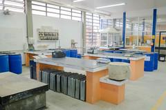 Labotatório de  Materiais de Construção Civil - Foto: Roberto Caloni