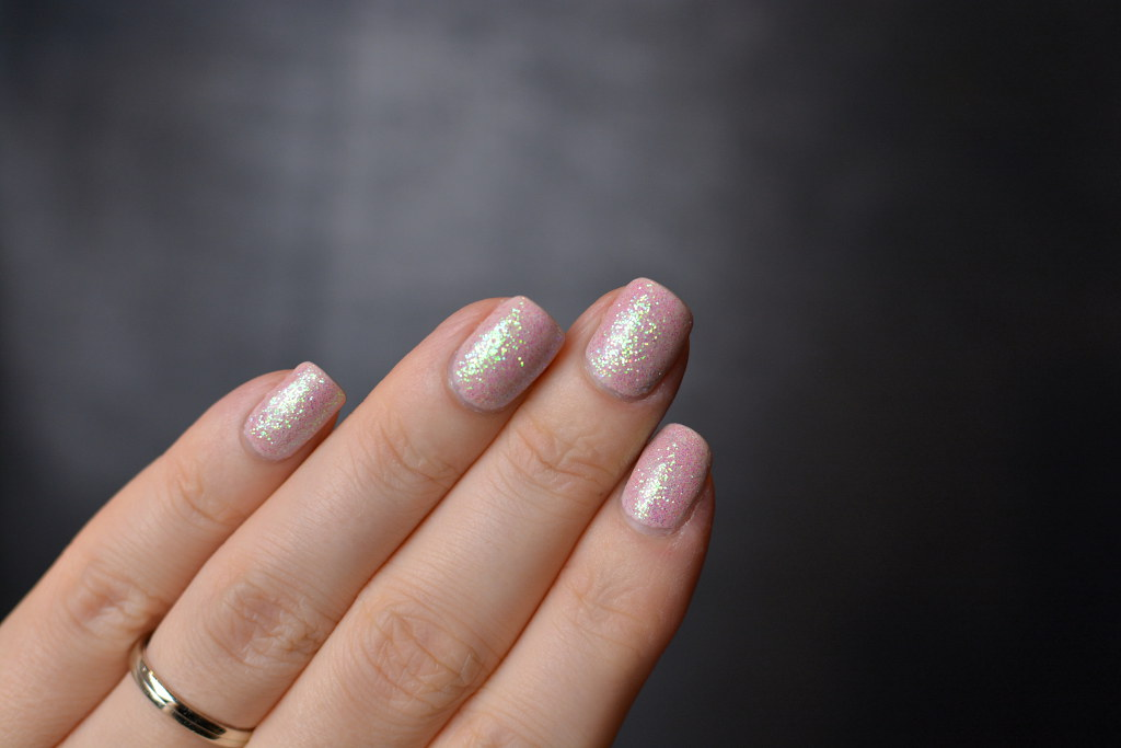 GlitterNails2
