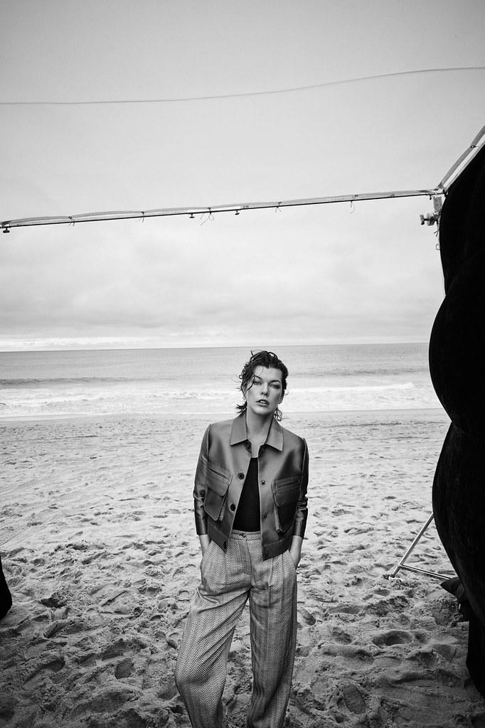 Милла Йовович — Фотосессия для «Harper's Bazaar» ES 2016 – 6