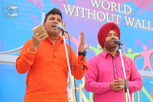 Devotional song by Manjeet Rupowalia and Saathi from Ludhiana