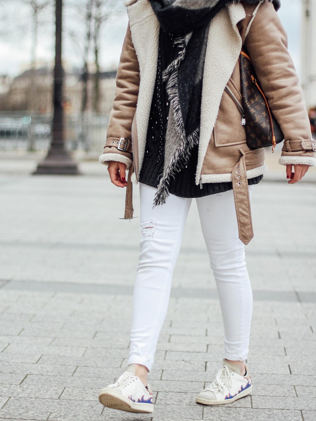 shearling-jacket-beige-isabel-marant-sneakers-streetstyle paris pfw16