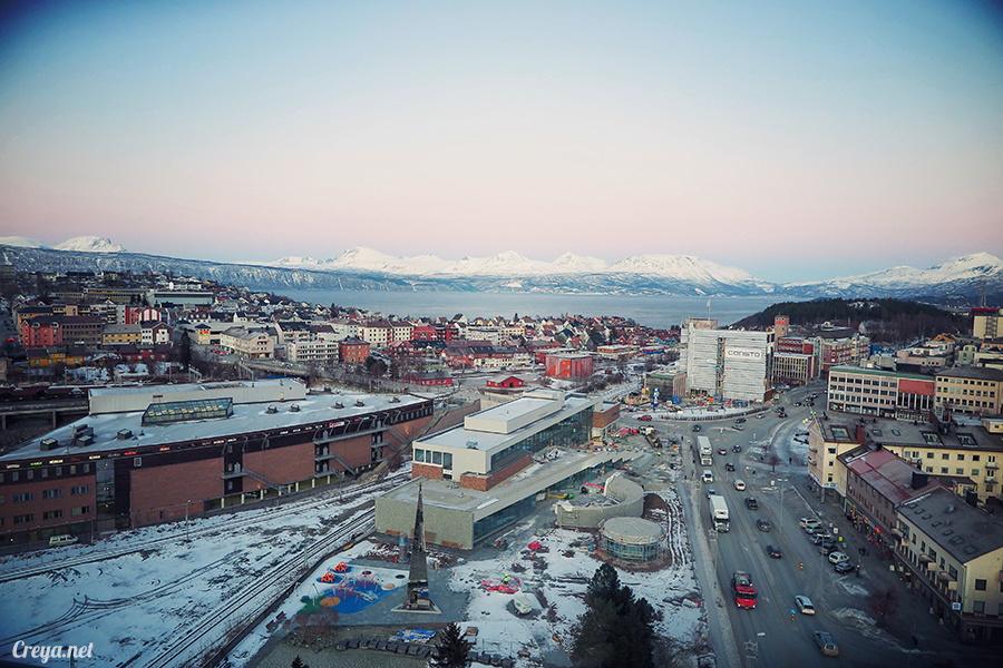 2016.02.23▐ 看我歐行腿 ▐ 阿呀~一不小心就從瑞典到了挪威, Narvik 小鎮遇見地理課本中的峽灣 32.jpg