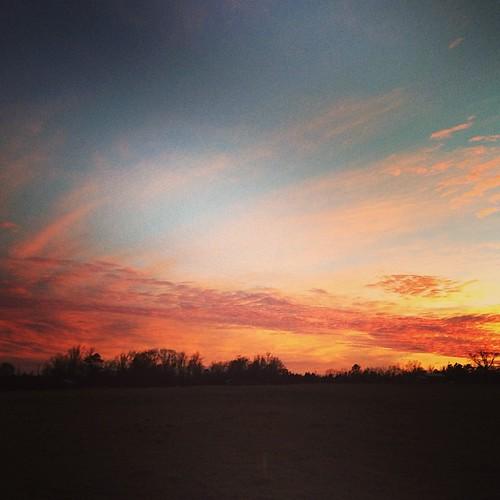 sunset uploaded:by=flickstagram instagram:photo=62861339064124180046253686 instagram:venuename=leefarm instagram:venue=177588213