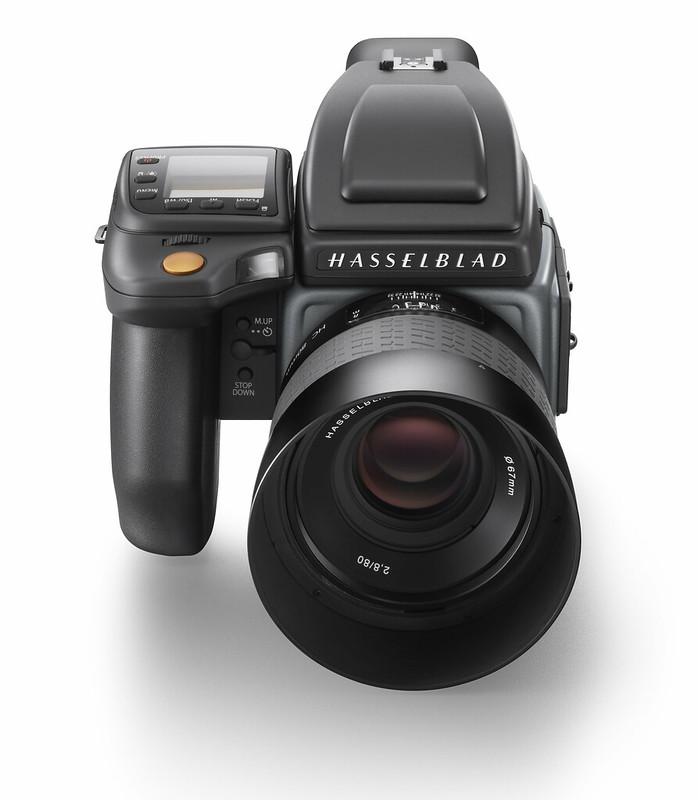 Hasselblad H6D-100c_front shot_WH2