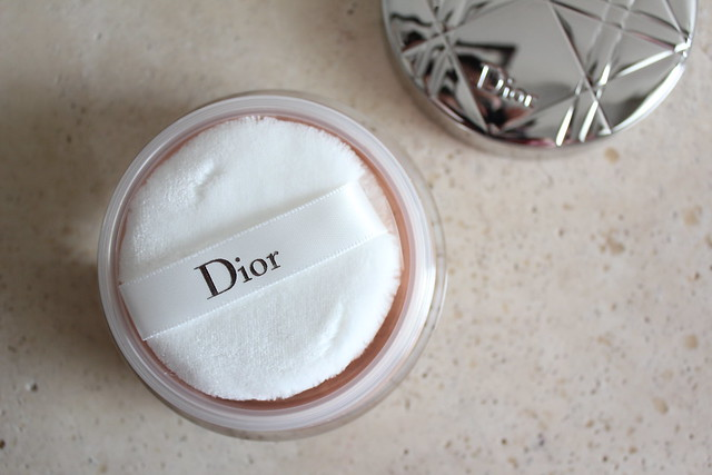Diorskin Nude Air Summer Glow Shimmering Loose Powder 001