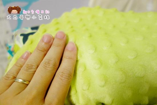 La Millou 暖膚豆豆毯 (15).JPG