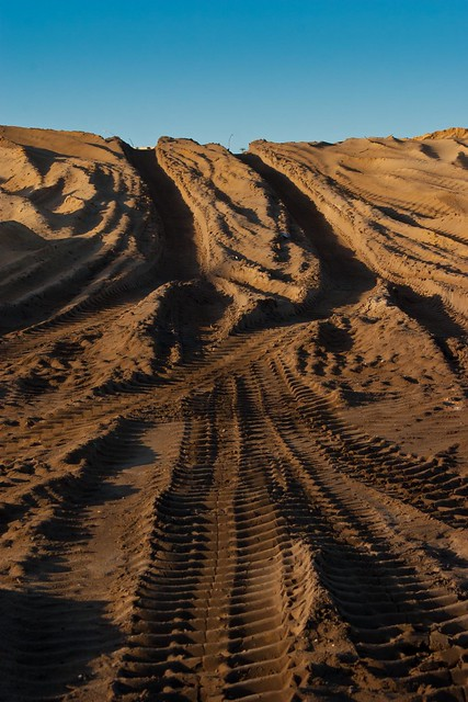 15:366 Sand tracks
