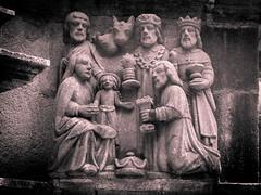 Detail Kalvarienberg von Plougastel-Daoulas (1602) - Anbetung der drei heiligen Könige - Britanny - France - 20110622