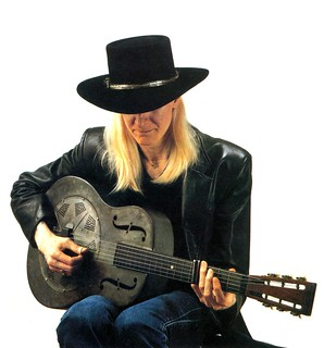Johnny Winter Photos playing the National Duolian