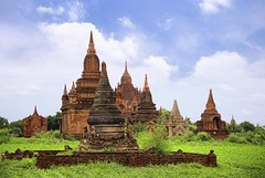 Scattered pagodas towering everywhere in Bagan