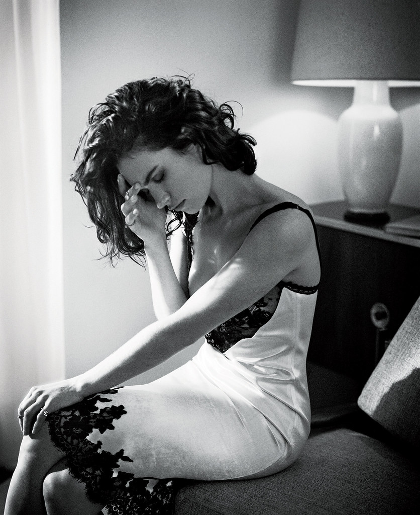 Лили Джеймс — Фотосессия для «Town & Country» 2016 – 2