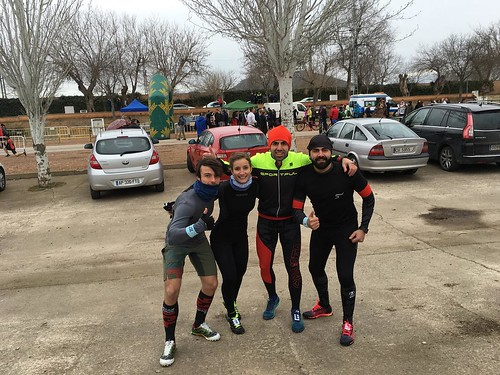 #HérCusTeam en #Malagón a 4ºC para correr la #MastodntRace vamos equipo que ya empieza a nevar! Ánimo a todos mucha fuerza y a por la bestia! #BeMoreHuman #CaminoAEsparta