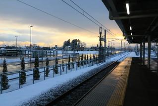 早朝の新青森駅