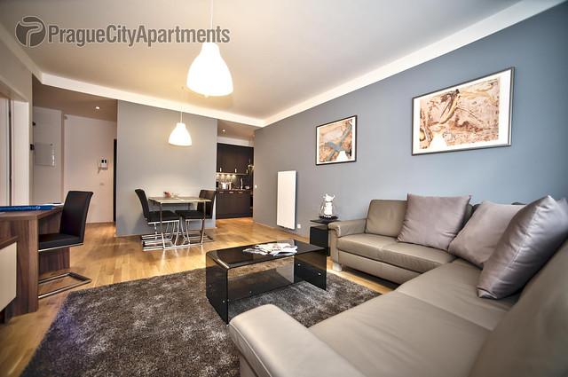 Krocinova 32 Two-Bedroom Apartment