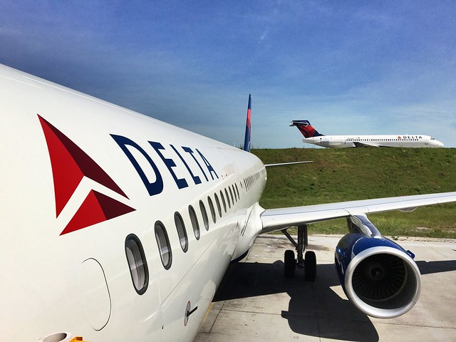 Delta 717 passing the new A321