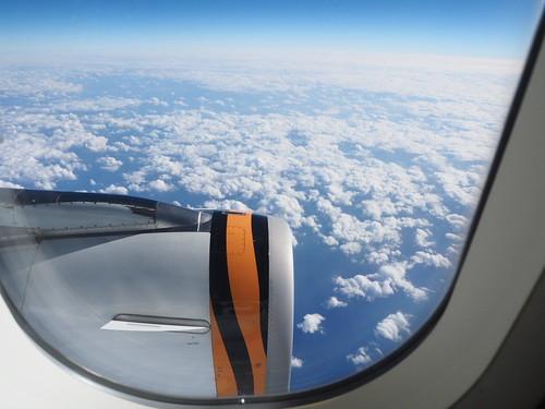 窓の外雲の景色