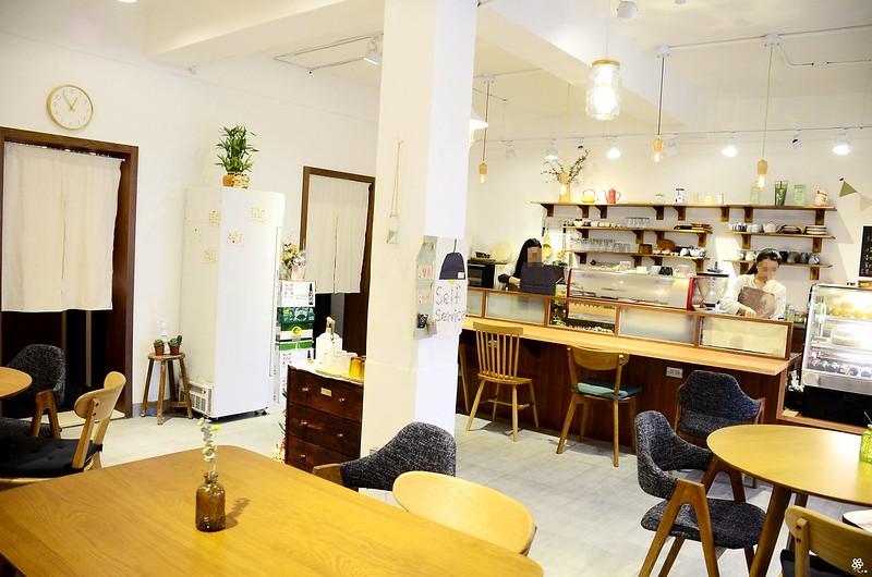 小空間板橋早午餐咖啡廳不限時推薦小倉庫菜單時間新埔 (11)