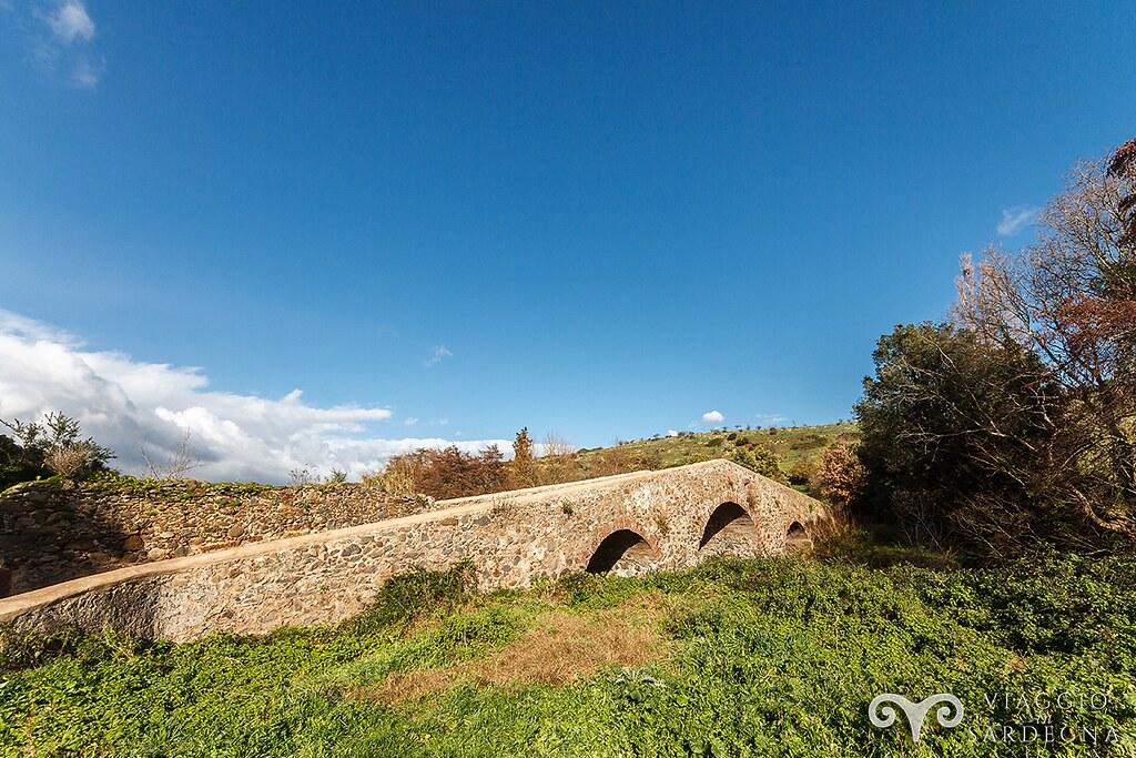 Ponte-medievale-bonarcado-da-riva-destra