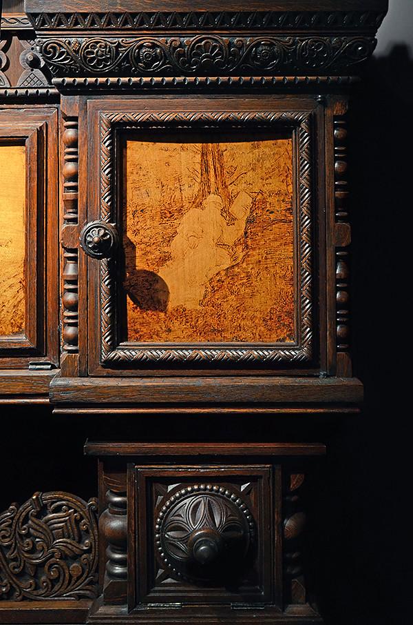 Bookcase Leo Tolstoy 08