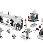 LEGO Star Wars 75098 Ultimate Collector's Series Assault on Hoth 03