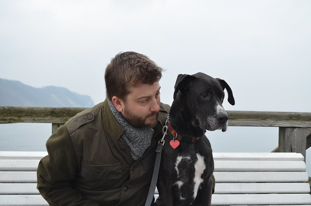 Russ and Bailey dog on Sellin Pier bench at Seebrücke Rügen