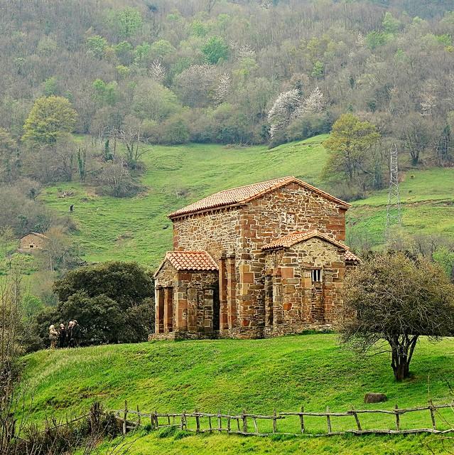 Santa Cristina de Lena (siglo IX)