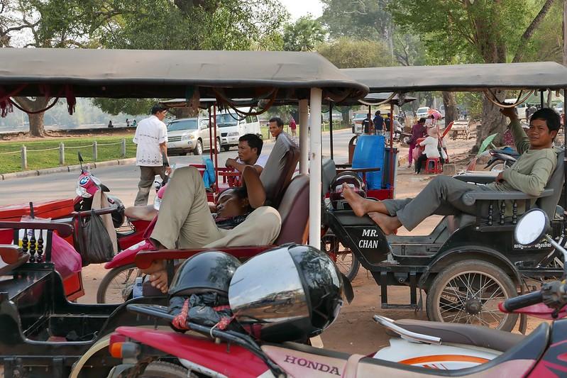 Taxifahrer in Siem Reap ist ein schwerer Job. Man füht sich immer ausgelaugt.