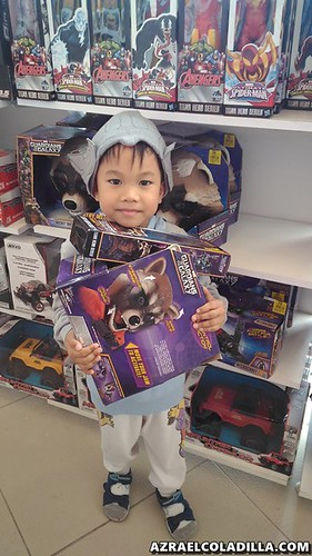 Toy hunting in Tagaytay
