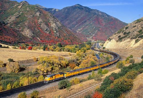 railroad autumn up train utah ut fallcolor special unionpacific locomotive e9 castilla passengertrain emd spanishforkcanyon soldiersummit sd70m formerriogrande boardofdirectorstrain