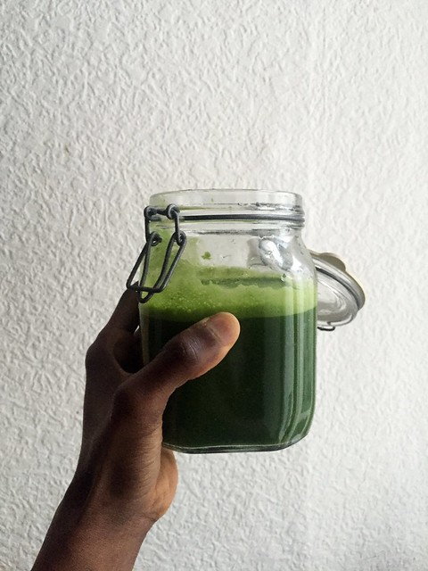 ORGANIC GREEN JUICE : Cucumber / Spinach / Kale / Grapefruit / Ginger from Flickr via Wylio