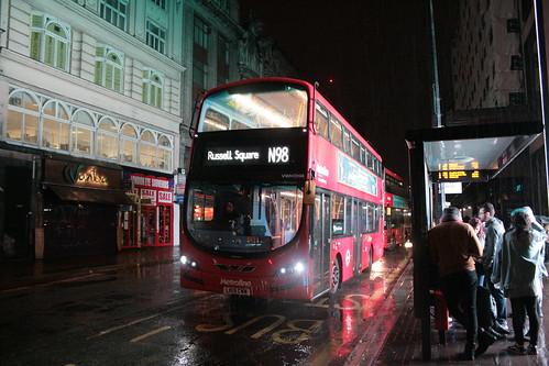 Metroline VWH2098 on Route N98, Tottenham Court Road