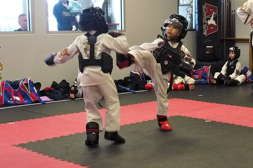 Round kick during sparring