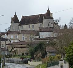 Montmoreau-Saint-Cybard, Charente: château datant du Moyen Âge.