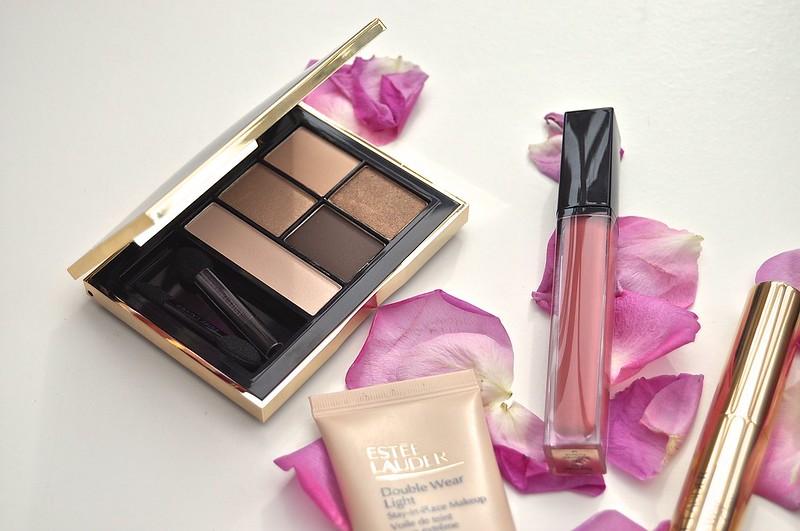 Estée Lauder Makeup bag makeup 6