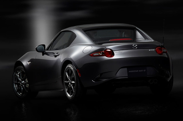 2017-Mazda-MX-5-Miata-RF-rear-view-top-in-place