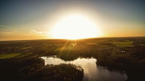 #drone #picoftheday #sunset #dji #djiglobal #djiphantom #djiphantom4 #inspire1 #lake #filmschool #filmmaker #filmmaking #cinematography #cinematographer #hethulsbeek #holland #netherlands #sun #camera #aerialphotography #photography #adobe #cameraraw #col