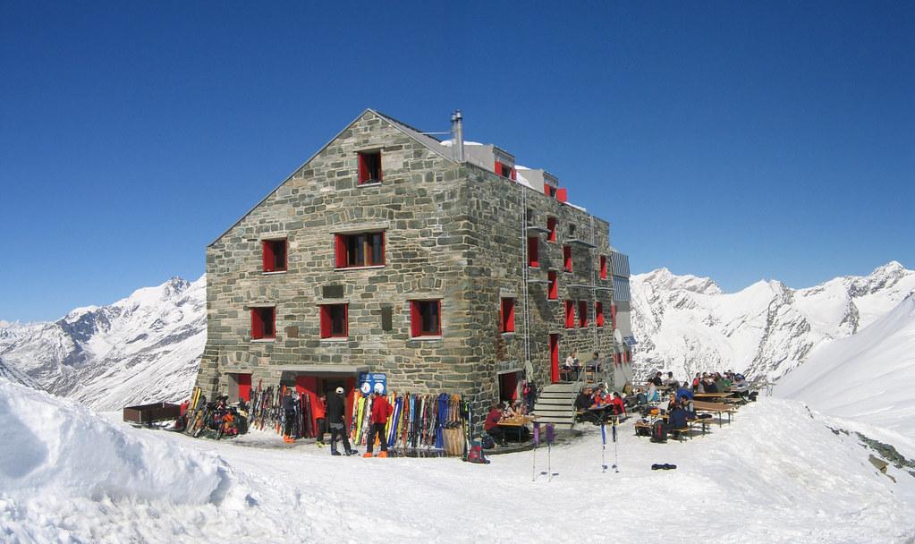 Britannia Hütte Walliser Alpen / Alpes valaisannes Switzerland photo 02