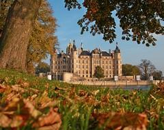 Burgen, Schlösser und Herrenhäuser (Castles and Palaces)