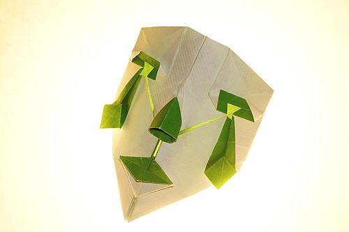 Origami 'Clown Mask 2' (Hideo Komatsu)