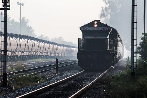 express sr cr chalukya 20054 amsa swr emd kjm 11022 tendr ammasandra wdp4 tirunelvelidadar