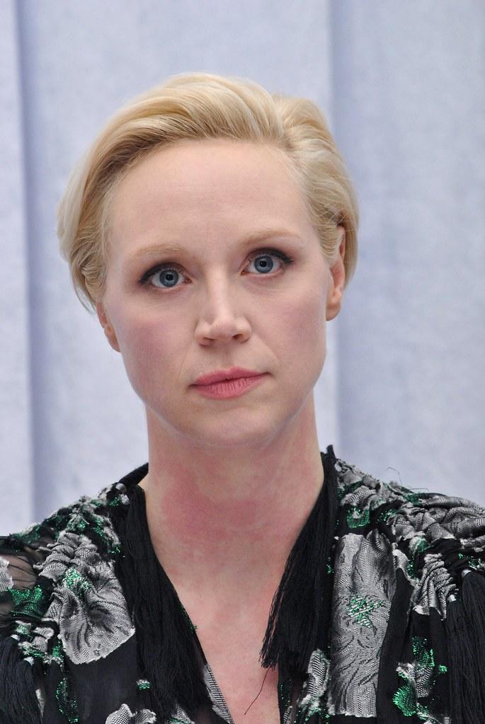 Гвендолин Кристи — Пресс-конференция «Звёздные войны» 2015 – 32