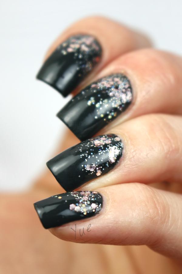 zoya_noot_glitter_gradient