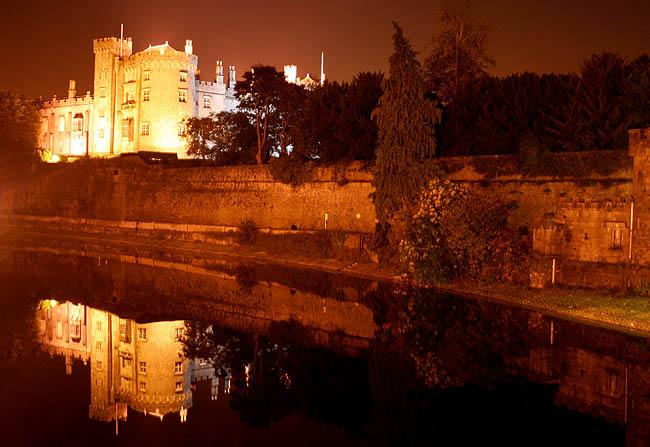 El castillo por la noche. © Paco Bellido, 2007