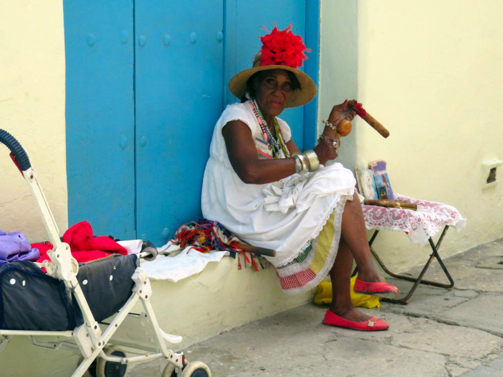 visita a la fábrica de puros de La Habana: Fabrica de Puros de La Habana en Cuba fábrica de puros de la habana - 25726735703 a6c22bcbe2 o - Visita a la fábrica de puros de La Habana en Cuba