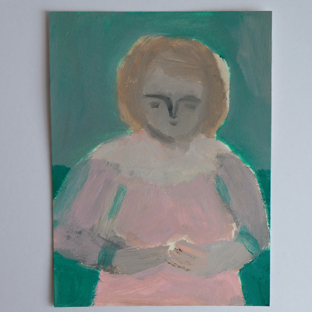 woman in pink with green