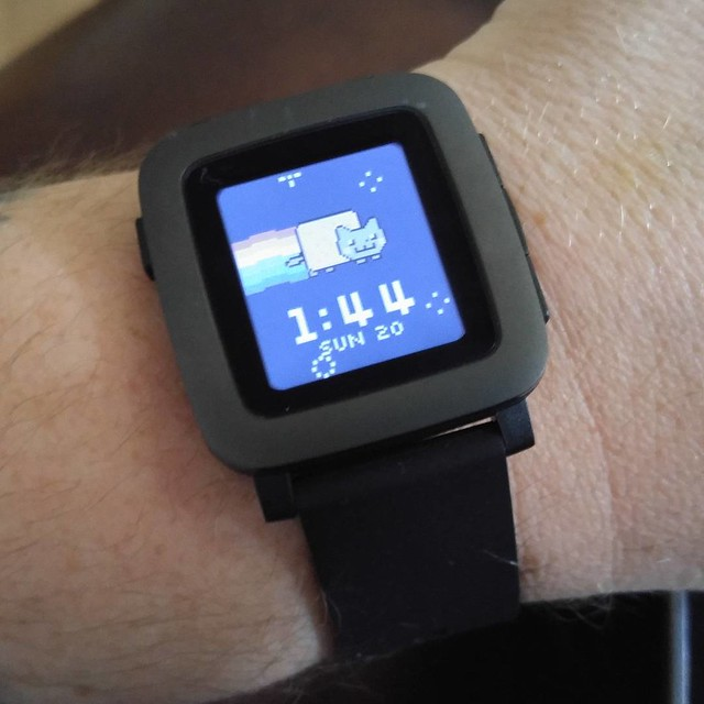 Pebble Time arrived yesterday and I love it so.