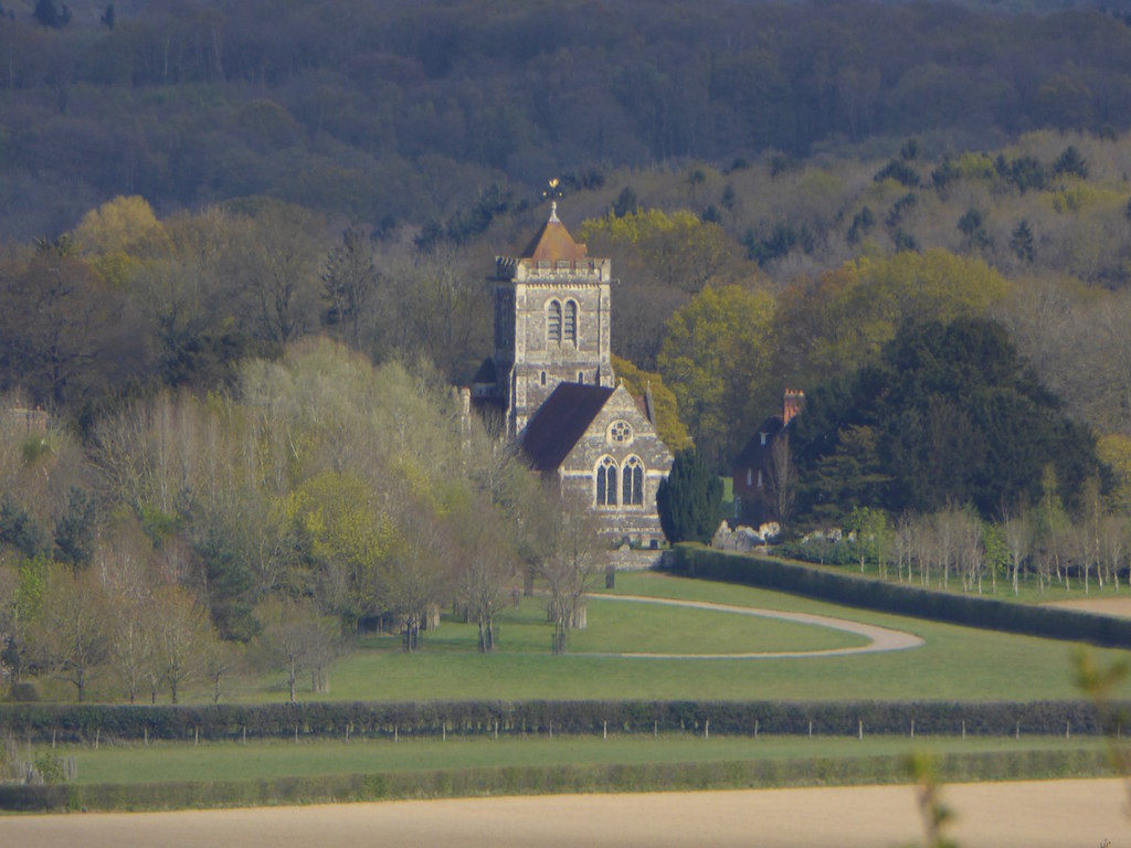 Shipbourne church from the escarpment Yalding to Sevenoaks walk