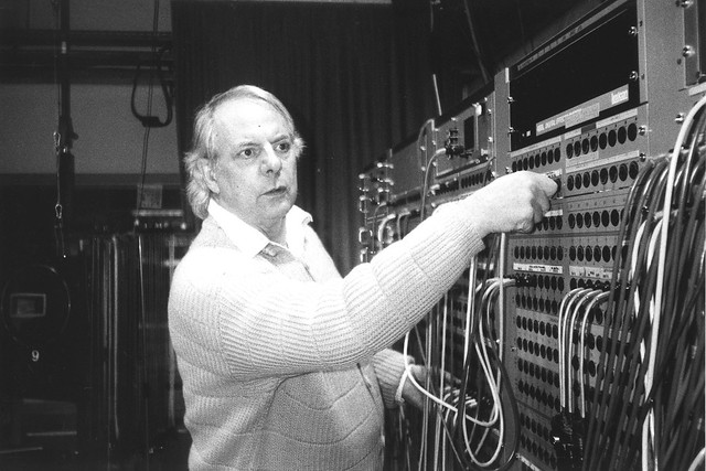 Karlheinz Stockhausen in the Electronic Music Studio of the WDR, October 1994.